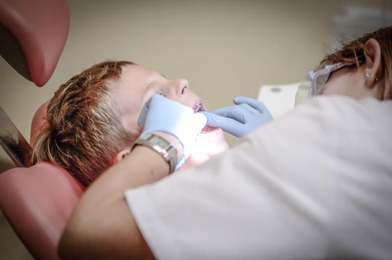 88% van de kinderen tussen 5-13 jaar gaat jaarlijks naar de tandarts